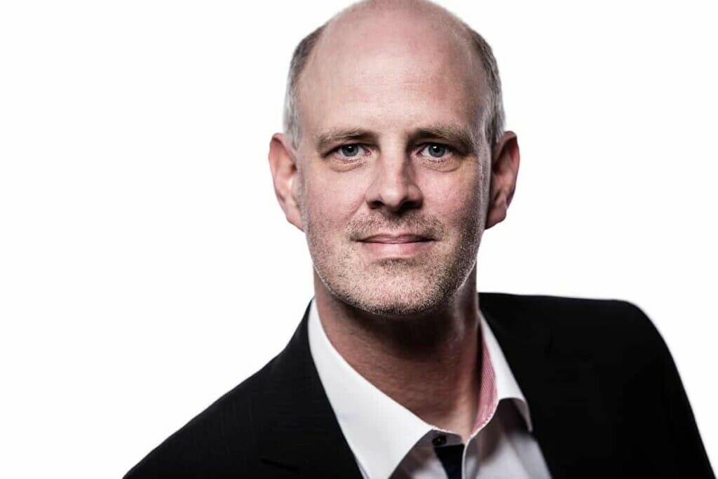 Virtual Reality E-Commerce - Jens Ole Korting