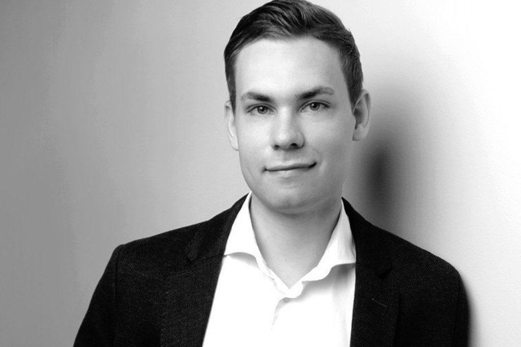 Julian Schmolz - Head of Retail Media bei heyconnect