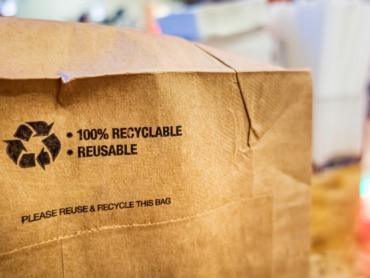 Mehrweg-Versandtaschen: Tchibo, Otto und Avocadostore testen nachhaltigen Verpackung