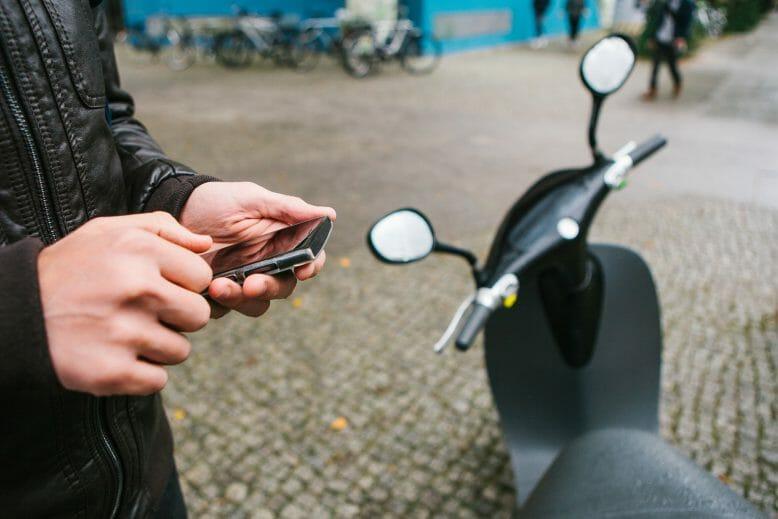 e-mobilitat_sharing_shutterstock_739482880_franz12
