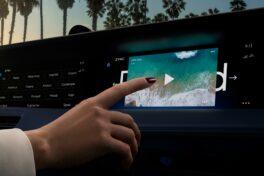 In-Car-Entertainment: Von Kino bis hin zu Shopping-Erlebnissen im Auto